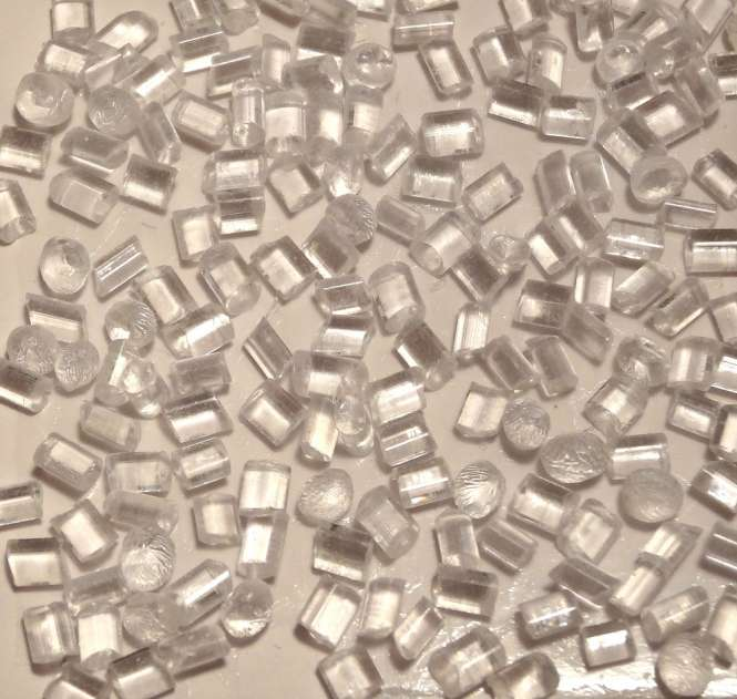 524110 Schmelzgranulat transparent