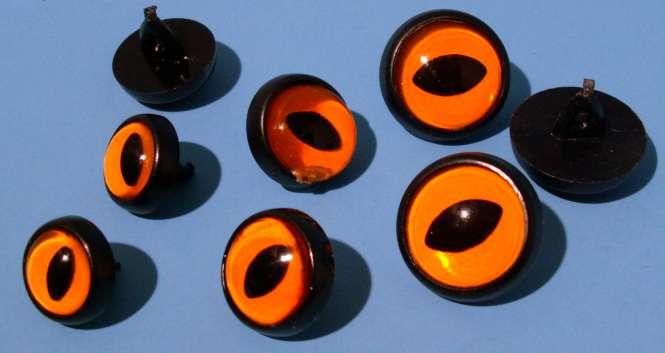 572082 Eulenaugen Plexglas  m.Öse 12mm